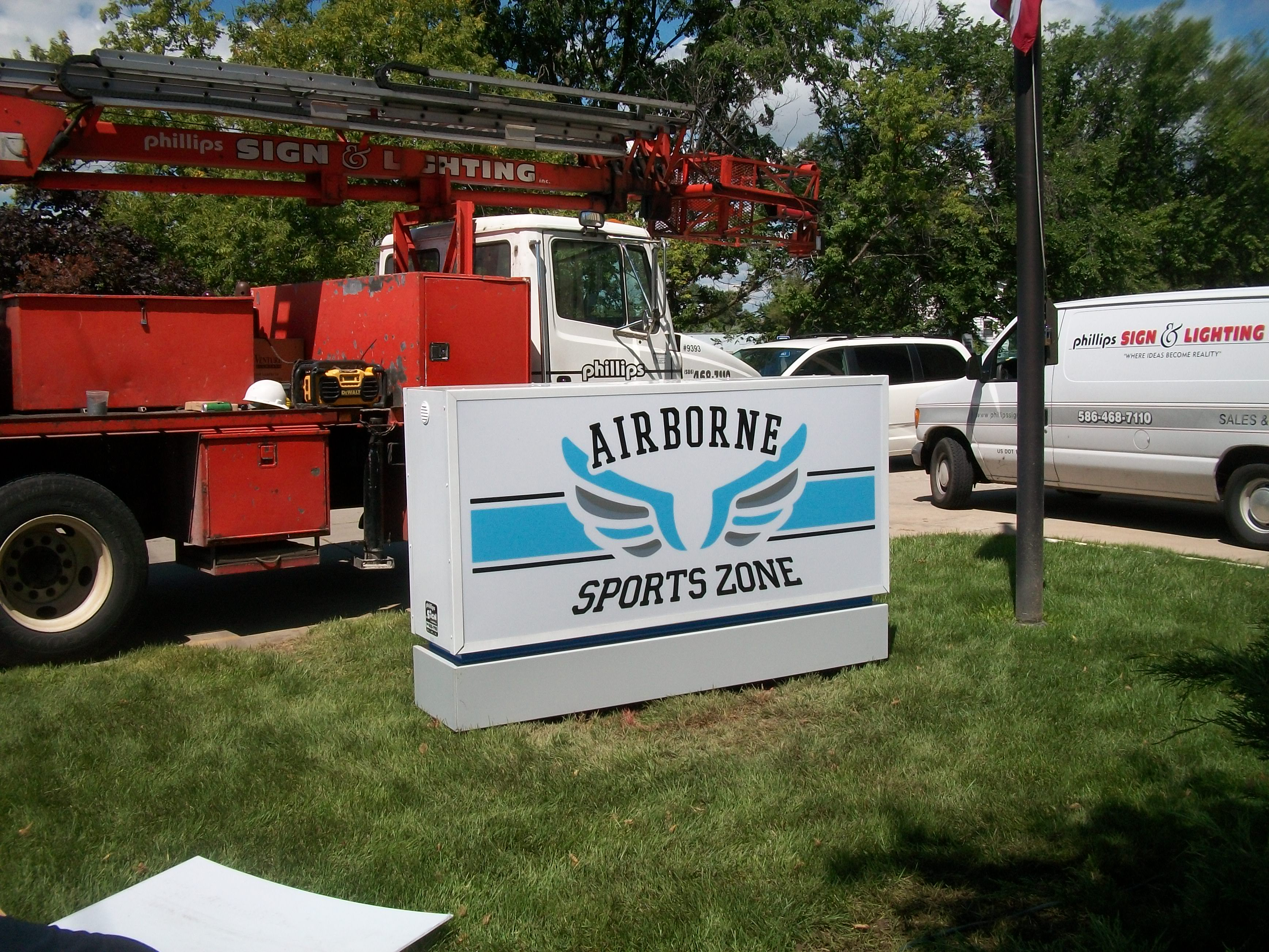 Airborne Sports Zone | Lawn Sign | Signage