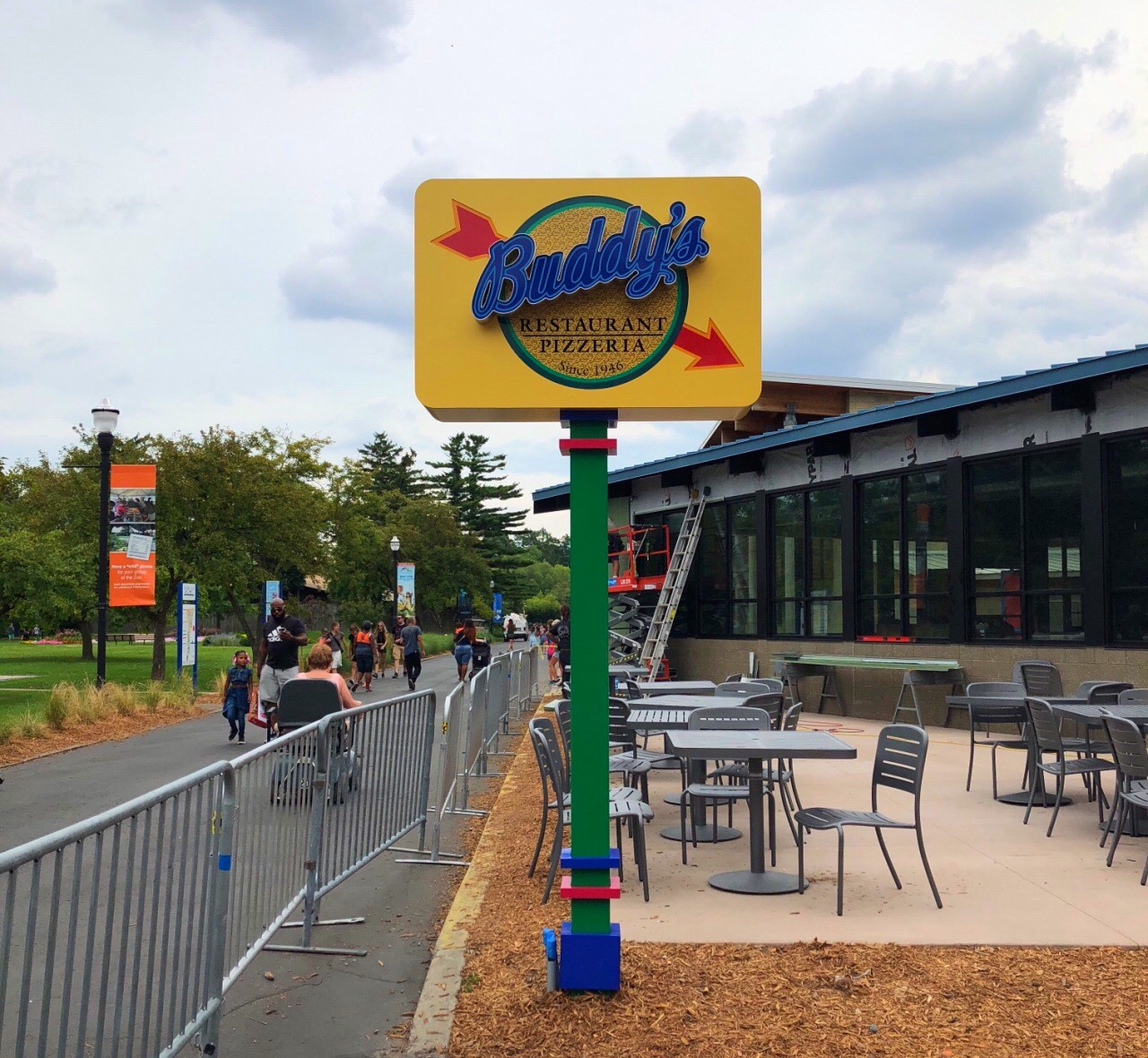 Buddy's Pizza - Detroit Zoo