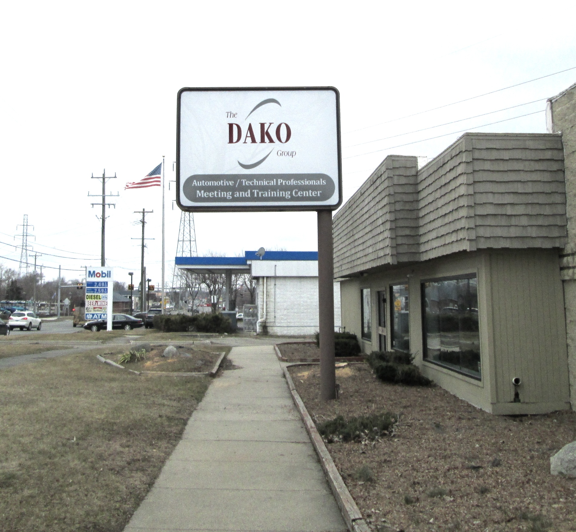 Dako Group pole Sign